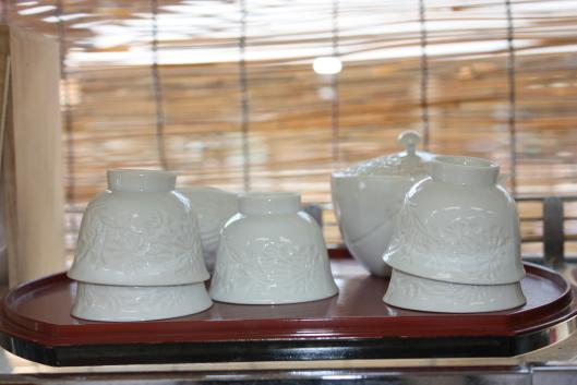 Izushi-yaki porcelain